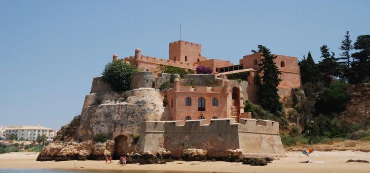 São João do Arade Fortress, in Ferragudo